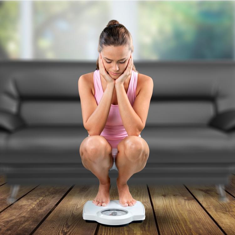 「なかなか痩せない…」という人によく見られるNGなダイエット法とは?