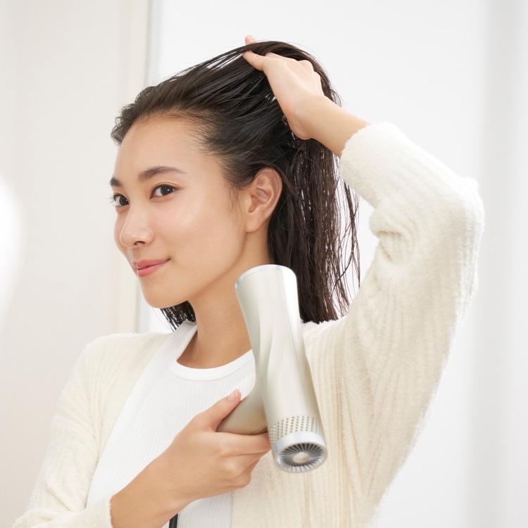 髪から上げる「HAIRモード」
